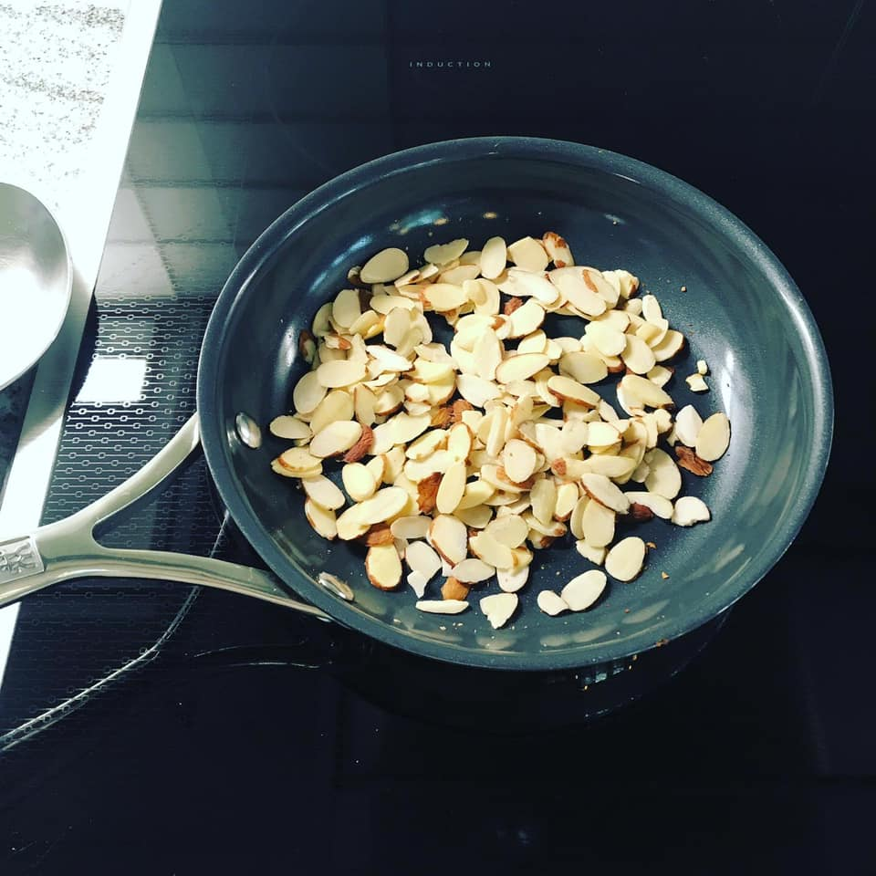 toasted almonds for salad