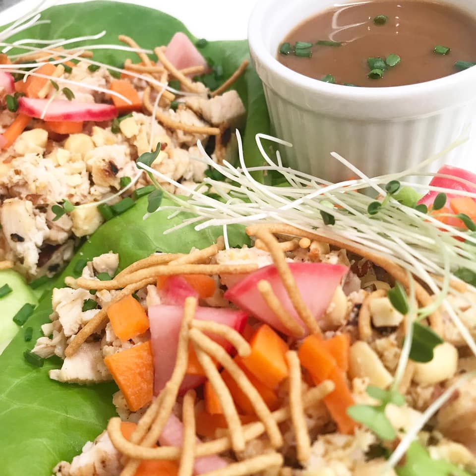 EASY AND DELICIOUS GRILLED CHICKEN LETTUCE WRAP PICTURE