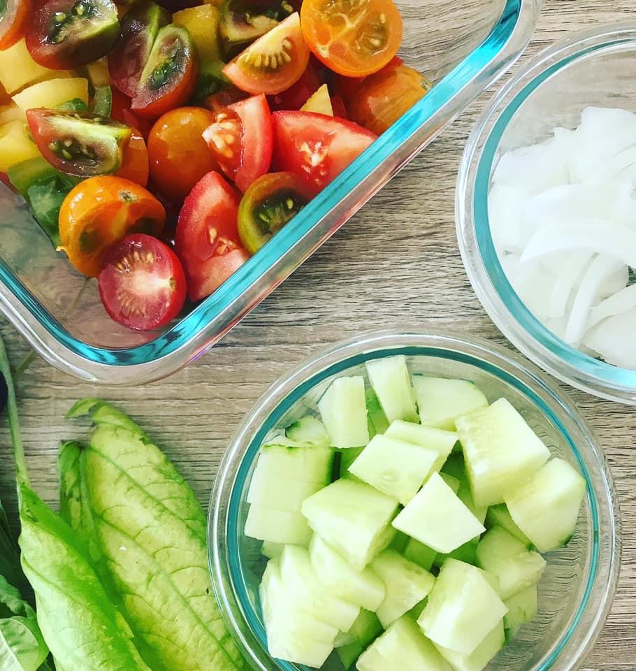 Easy Farm Tomato Cucumber Salad